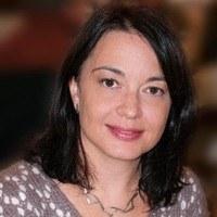 Crina Cojocaru: new director of the master in photonics